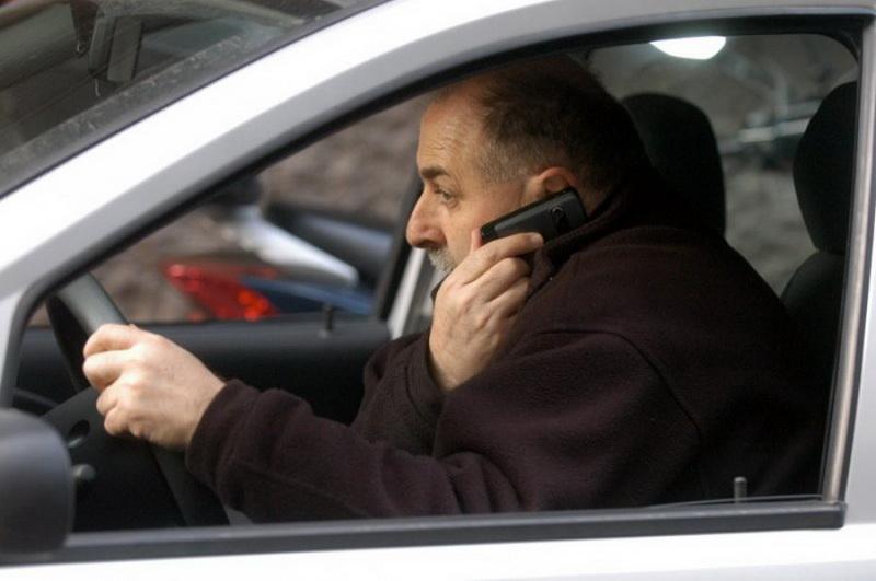 telefoniranje-u-voznji